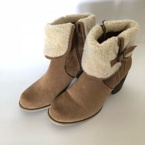 Forever 21 Faux fur boot